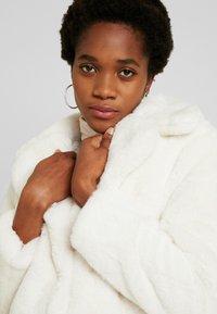 New Look - Krátký kabát - white - 3