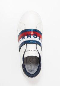 Tommy Hilfiger - Slip-ons - white/blue - 1