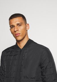 Hummel - HMLLUKE - Training jacket - black - 5