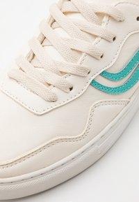 Genesis - SOLEY UNISEX  - Sneakersy niskie - white/turqouise/orange - 5