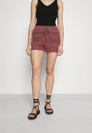 VMHONEY - Shorts - rose brown