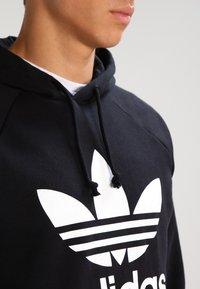adidas Originals - TREFOIL  - Sweat à capuche - black - 3