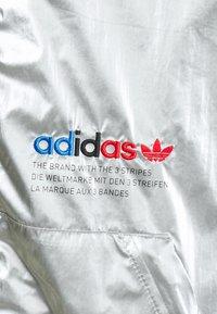 adidas Originals - TRICOL - Veste de survêtement - silver - 2