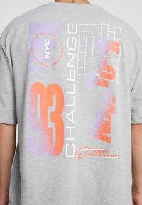 Topman - NEW YORK  - Print T-shirt - grey - 5
