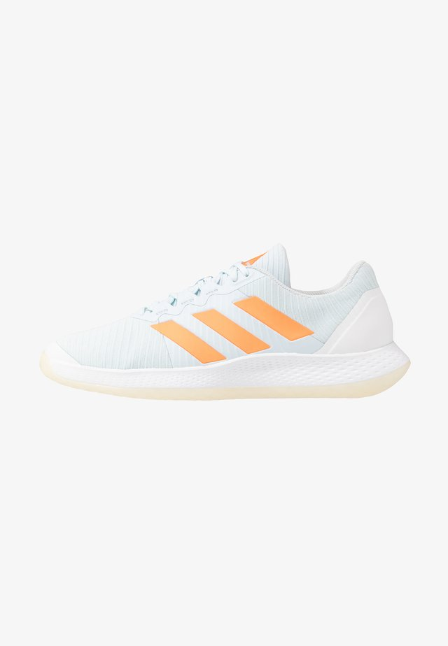 FORCEBOUNCE - Volleyballschuh - sky tint/signal orange/footwear white