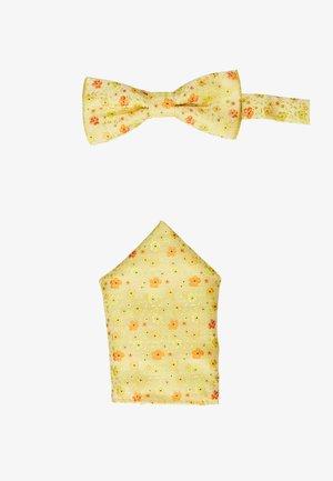 ONSTODD BOW TIE BOX SET - Lommetørklæde - blazing yellow/orange