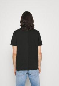 Diesel - JUBBLE UNISEX - T-shirt con stampa - black - 2