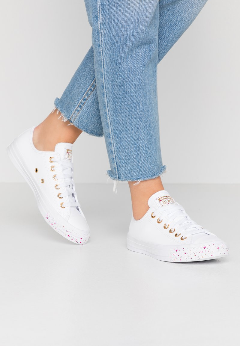 Converse - CHUCK TAYLOR ALL STAR SPECKLED - Tenisky - white/gold/rose maroon