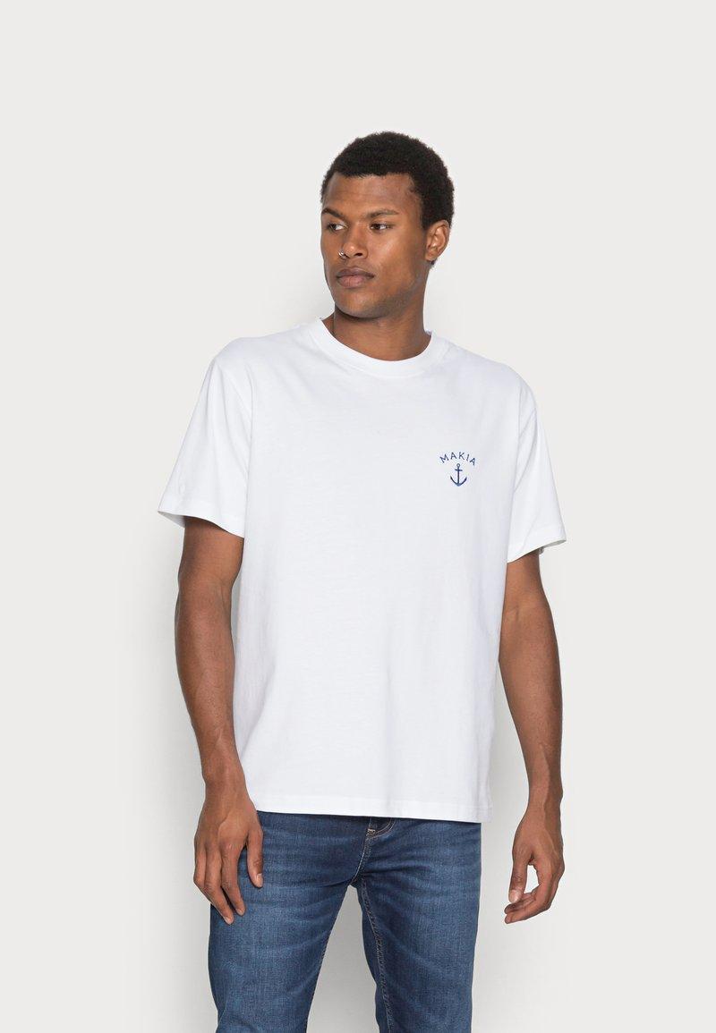 Makia - FOLKE - T-shirt basic - white