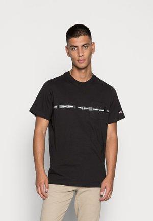 BRANDED TAPE TEE - Camiseta estampada - black