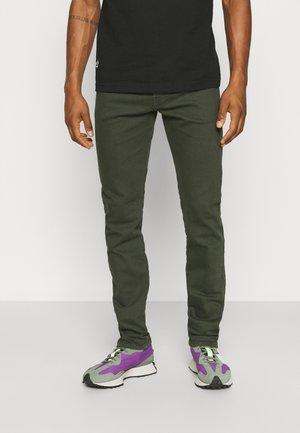 YENNOX - Slim fit jeans - olive