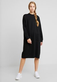 Monki - PLING DRESS - Kjole - black - 0