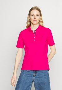 Tommy Hilfiger - ESSENTIAL - Polo shirt - bright jewel - 0