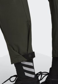 adidas Performance - TERREX HIKE TROUSERS - Friluftsbukser - green - 5