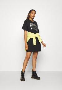 Diesel - BOWLY DRESS - Jersey dress - black - 1