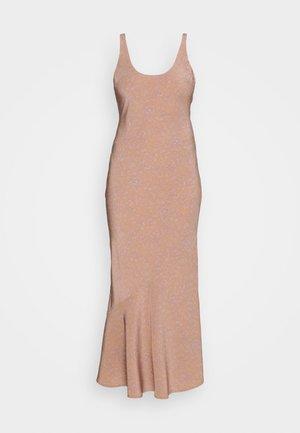CANNES DRESS - Festklänning - apricot