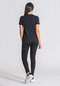 Gianni Kavanagh - T-shirt basic - black - 2