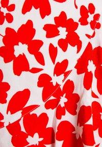 Forever New - BEA RUFFLE MINI DRESS - Robe d'été - ruby - 6