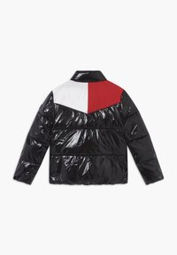 Tommy Hilfiger - SHINY YOKE PUFFER - Winter jacket - black - 1