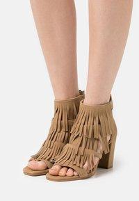 Steven New York - ELSIE - Sandals - chestnut - 0
