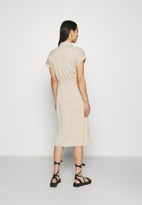 ONLY - ONLHANNOVER SHIRT DRESS - Shirt dress - humus - 2