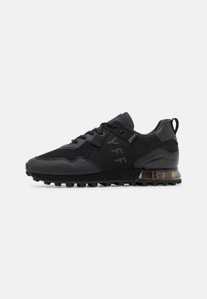 SUPERBIA - Sneakers laag - black