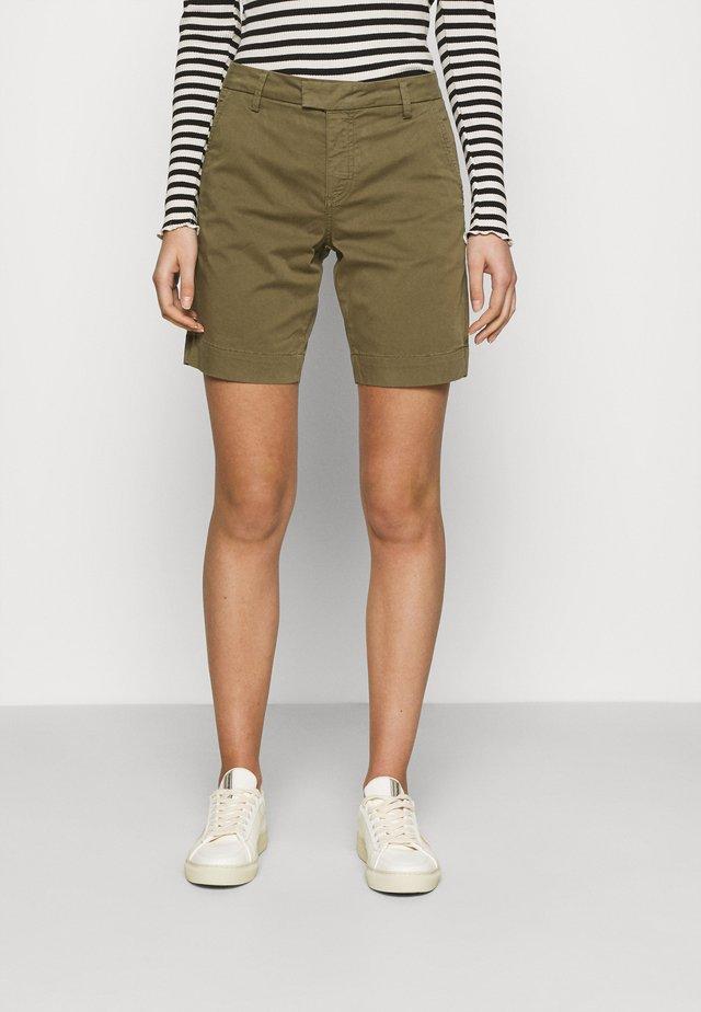 MARISSA - Shorts - army