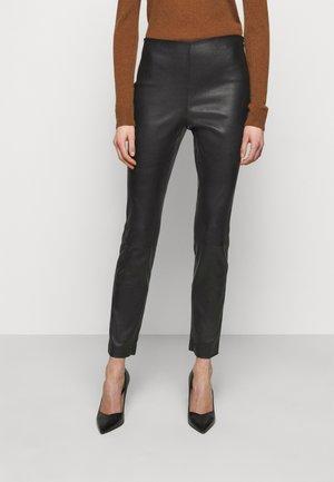 Kožené kalhoty - black