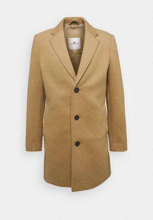COAT THREE BUTTONS - Mantel - beige