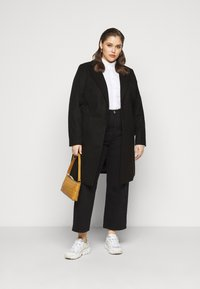 New Look Curves - JORDAN BELTED COAT - Kåpe / frakk - black - 1