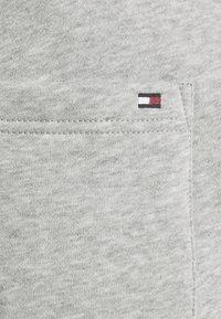 Tommy Hilfiger - Shorts - grey - 6