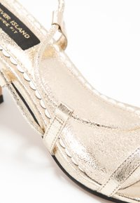 River Island Wide Fit - Sandals - gold - 2