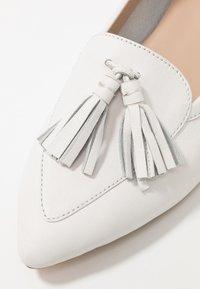 KIOMI - Slip-ons - white - 2