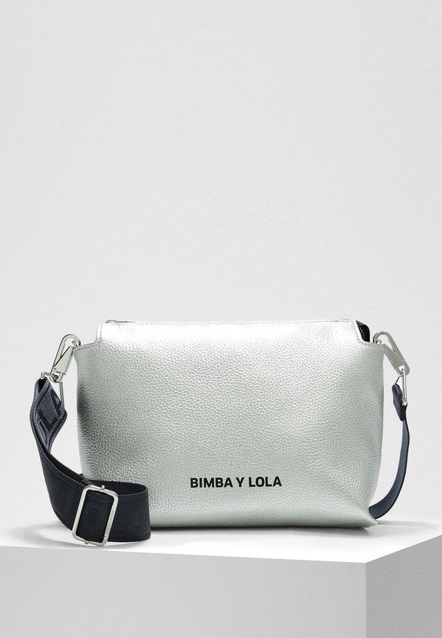 BIMBA Y LOLA L SILVER LEATHER RECTANGULAR CROSSBODY BAG - Across body bag - silver