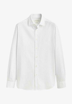 SLIM-FIT - Formal shirt - white