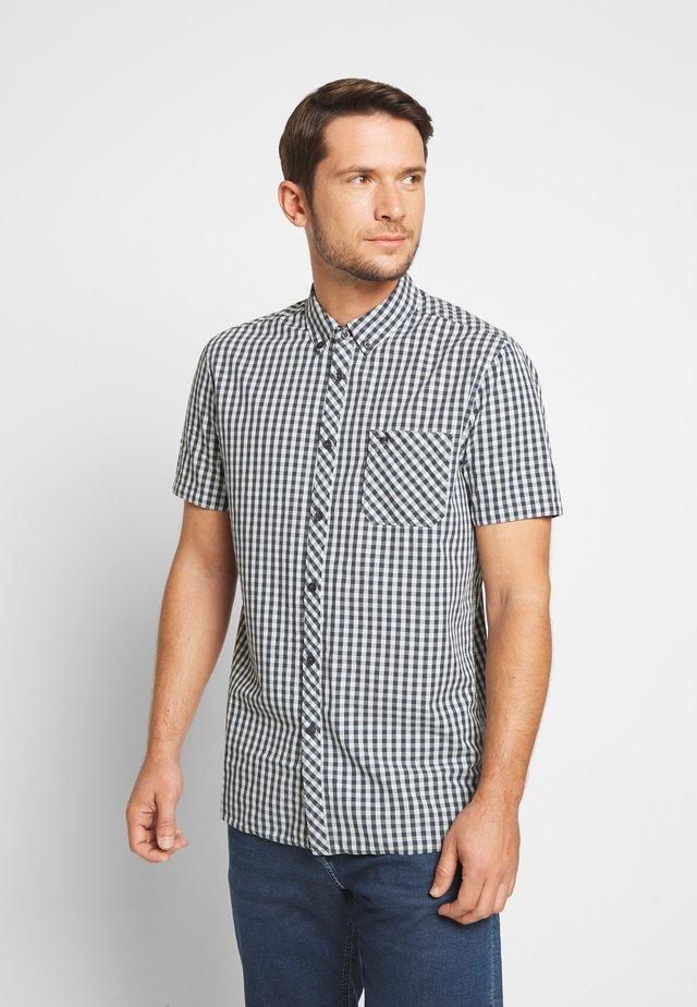 COLLIN - Camisa - black/white