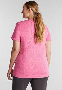 Esprit Sports - CURVY MELANGE - Basic T-shirt - pink fuchsia - 1