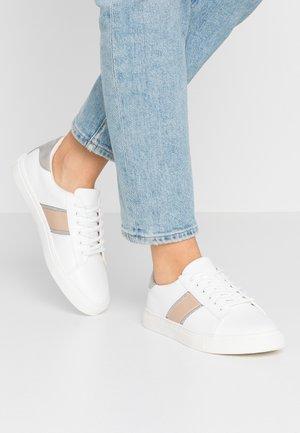 TRINITY - Sneakersy niskie - white