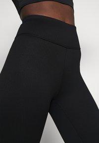 Gina Tricot - YARA LEGGINGS - Pyjama bottoms - black - 4