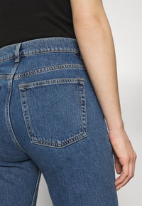 ARKET - Relaxed fit jeans - washed blue - 3