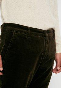 NN07 - KARL  - Pantalon classique - army - 5