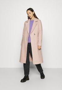 ONLY - ONLGINA WRAP COAT  - Classic coat - humus - 1