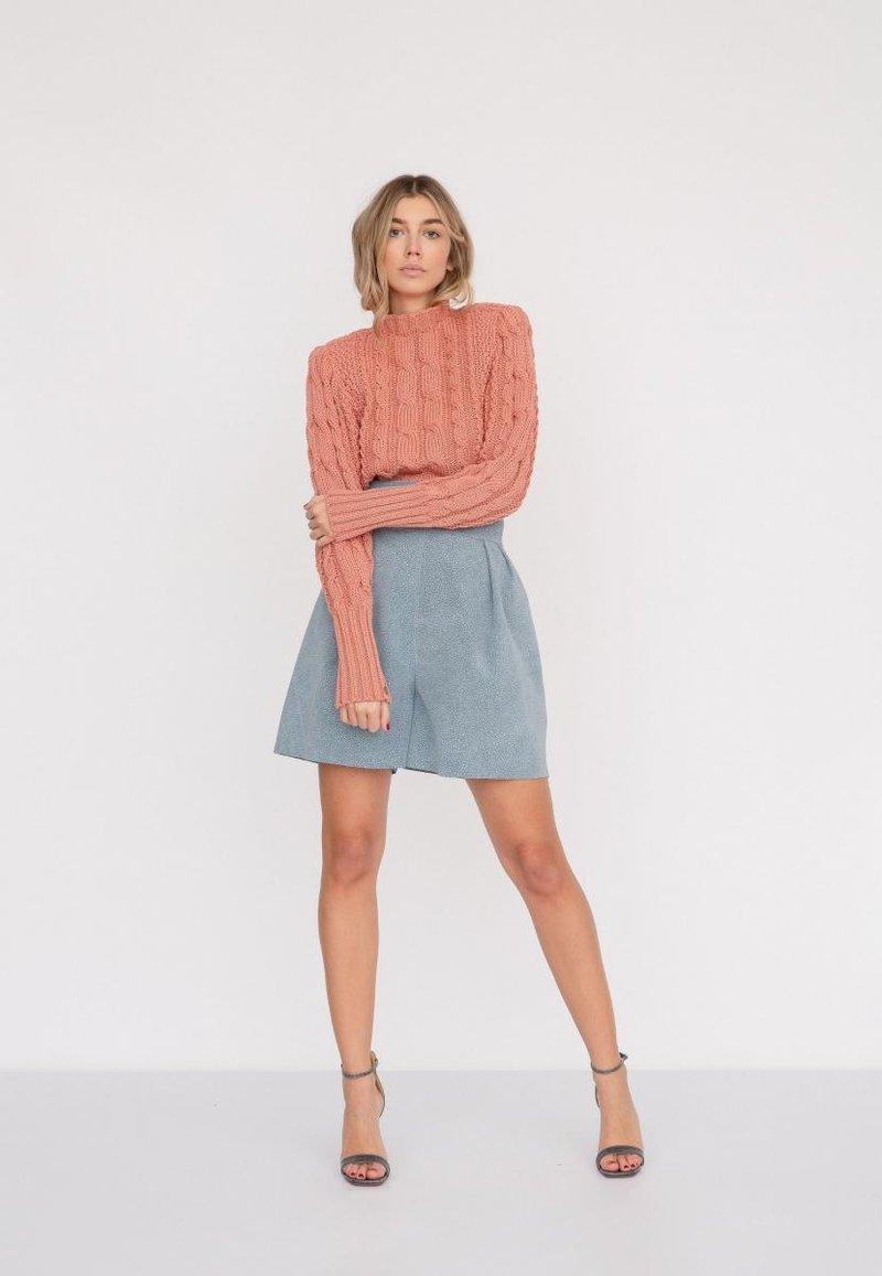 leilou - TIGA - Shorts - blau