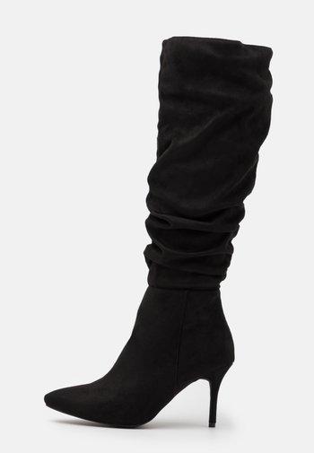 WIDE FIT JULIANA - Vysoká obuv - black