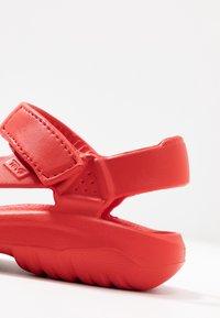 Teva - Sandály do bazénu - firey red - 2
