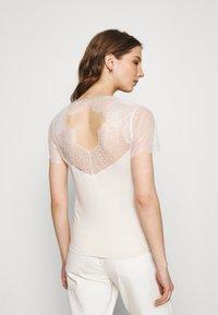Morgan - DEXIA - Print T-shirt - ivoire - 2