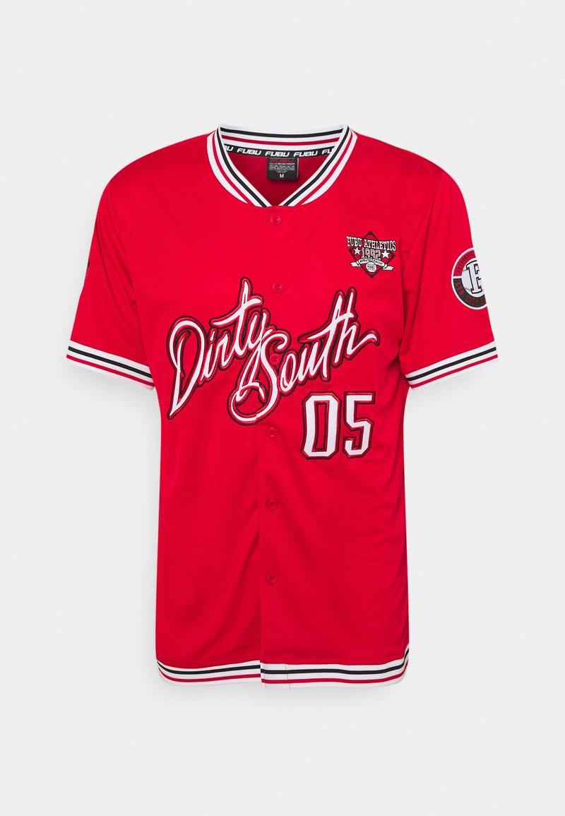 FUBU - ATHLETICS DIRTY SOUTH BASEBALL  - Print T-shirt - red