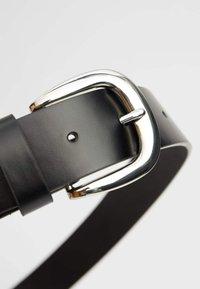 Stradivarius - Belt - black - 3
