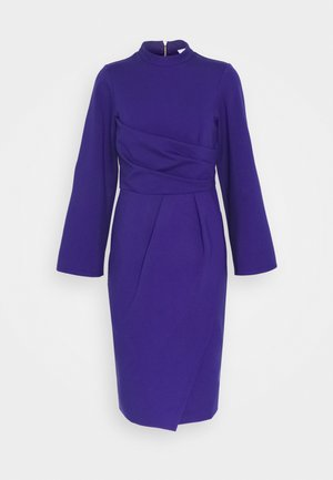 COLLARED DRESS - Žerzejové šaty - purple