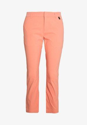 ILLUSION CROPPED PANTS - Pantalones - perched